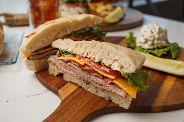 Spicy Roast Beef Club Sandwich