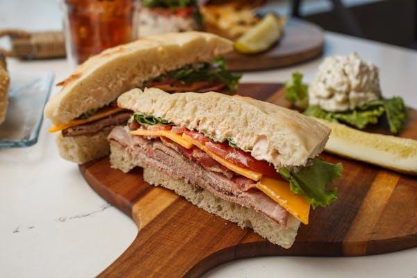 Spicy Roast Beef Club Sandwich