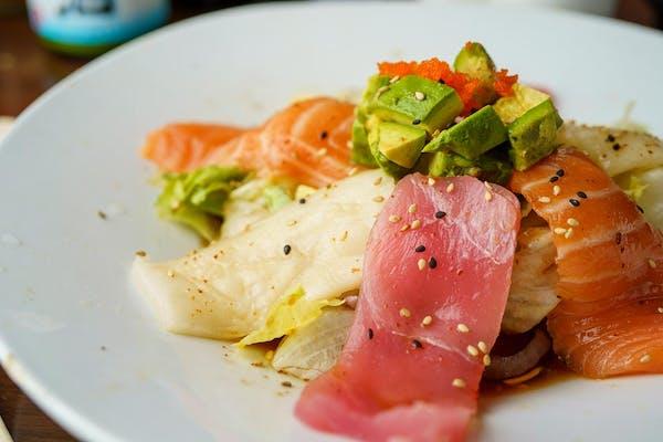 SD9. Sashimi Salad