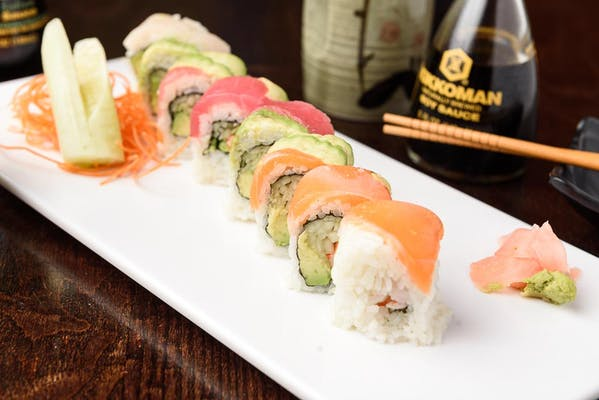 C1. Chef's Special Rainbow Roll
