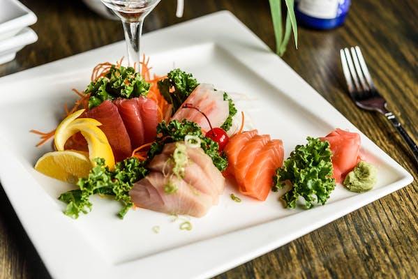 Regular Sashimi Dinner