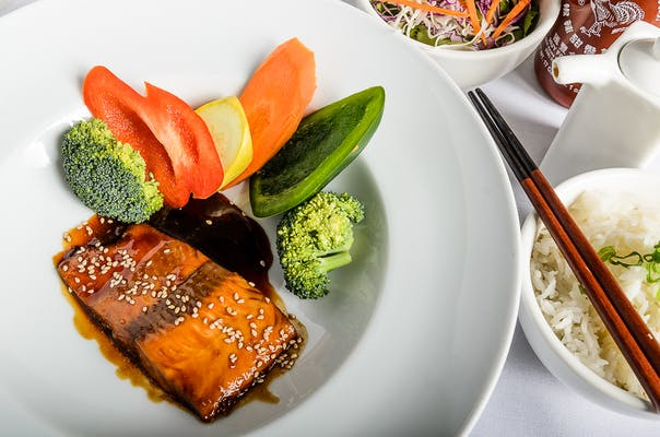 Teri Glazed Salmon Steamed Rice Plate