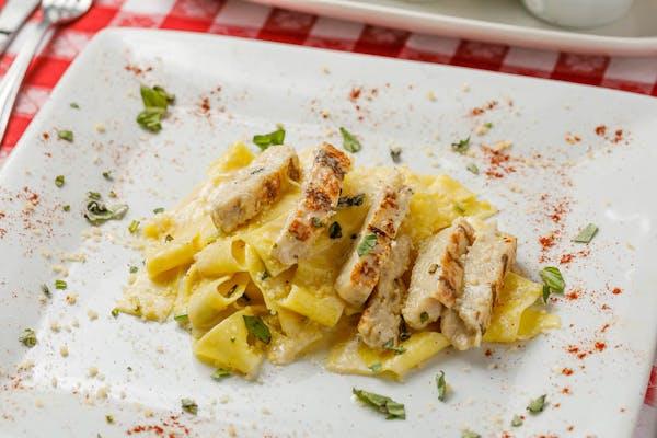 Lunch Pollo Alfredo