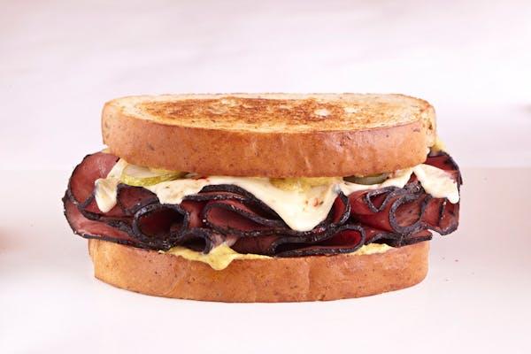 Pastrama Momma Sandwich